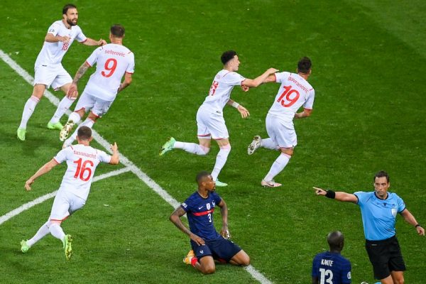 France, from ego fracture to collapse at Euro 2020